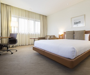 Novotel Canberra Executive King Room