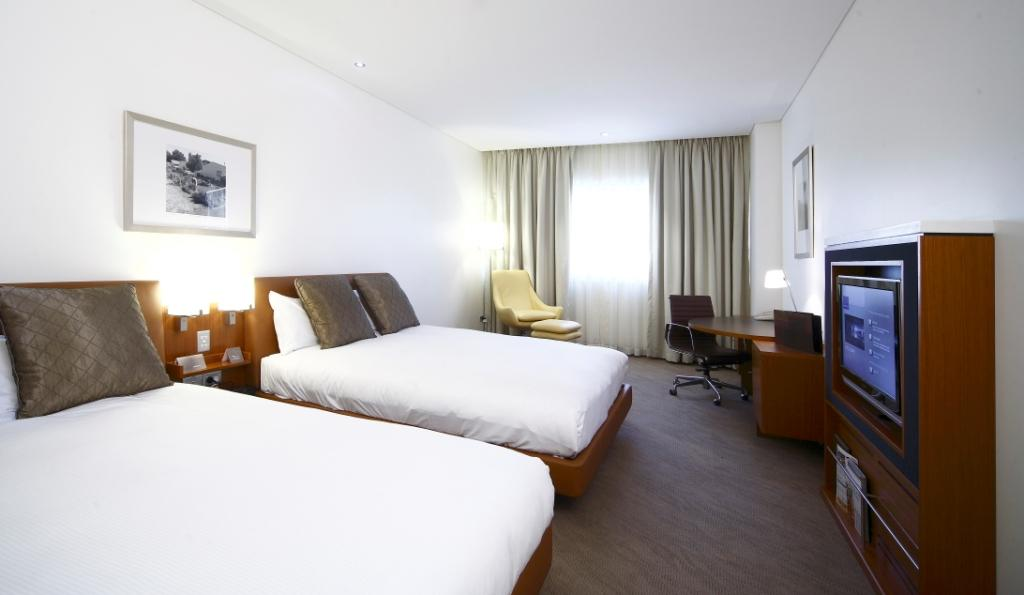 Standard Double Room Hotel Amp Rooms Novotel Canberra